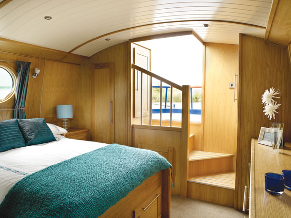 The new and used boat company new boats widebeam for Narrowboat interior designs